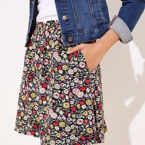 FLORAL SMOCKED SKIRT NWT
